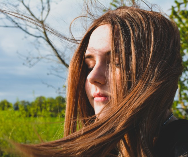 Foto Mädchen geschlossene Augen Natur Photocase 3647823